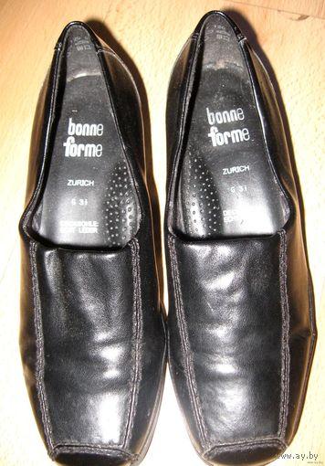 Итальянские  туфли осенние черные рр36