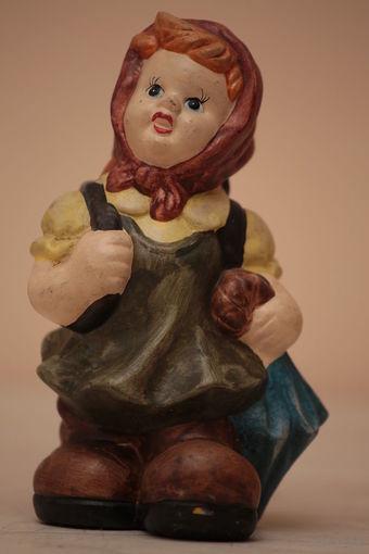 Старенькая статуэтка -копилка Германия,керамика выс.21см (1)