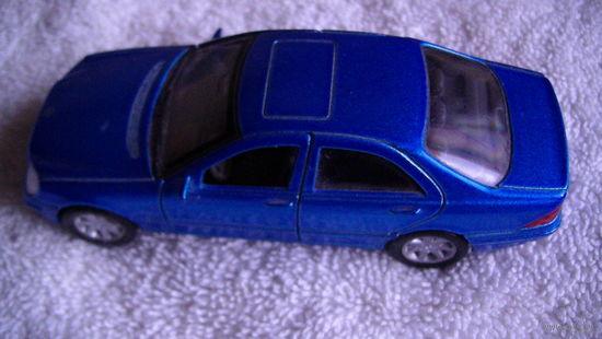 Модель. MERCEDES-BEBZ  S-CLASS. синий перламутр.  распродажа