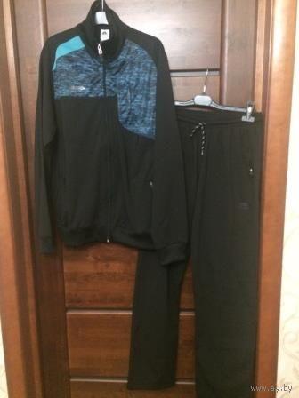 Фирменный спортивный мужской костюм 48 размера. ASA, фабричный. Качественная фурнитура. Покупала в Болгарии в спортивном магазине. Прогадала с размером. Реальный размер 48.