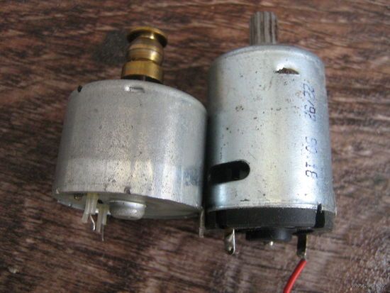 Малогабаритные моторчики  для различного использования -2 шт