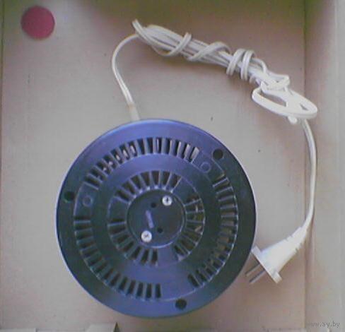 Автотрансформатор (бытовой). АПБ-400. Мощность 400ВА. Напряжение 127/220В. 220/127В. Тяжелый. Состояние отличное. Ни разу не использовался.