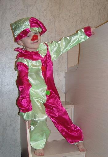 Карнавальный костюм Петрушка, Клоун и др. Разные размеры. Новый в упаковке. Недорого!