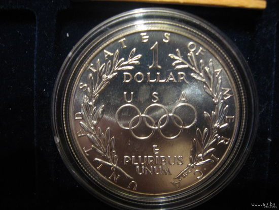 Олимпиада  в  США 1988г; 1 доллар;серебро;