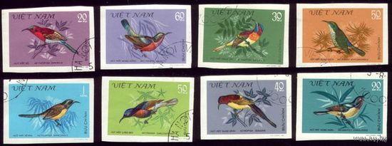8 марок 1981 год Вьетнам Птицы Беззубцовки