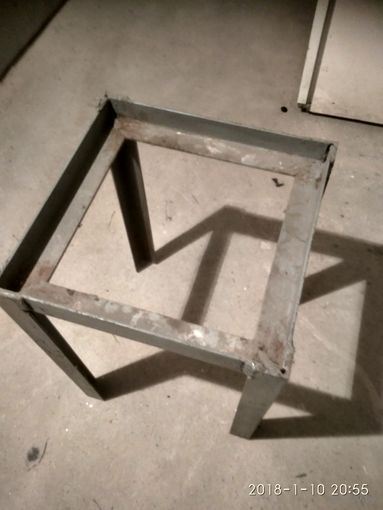 Сварная конструкция (табурет,стол)