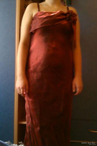 Стильное вечернее платье с накидкой