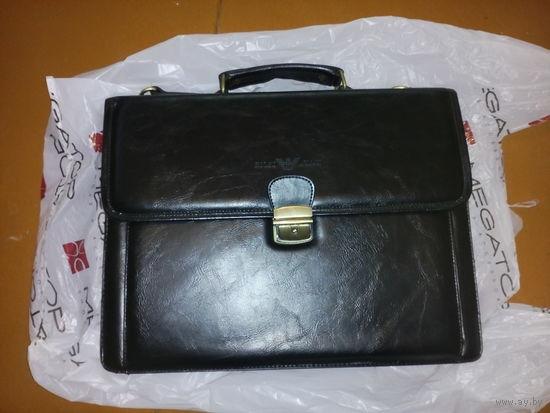 Giorgio Armani Деловой кожаный портфель
