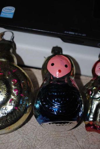 """Винтажные ёлочные игрушки 3-ри штуки в отличном состоянии: _""""ПРЕДНОВОГОДНЕЕ НАСТРОЕНИЕ""""_пр.СССР/1960-ые годы_цена указанна за все игрушки сразу, по отдельности не продаю-!"""