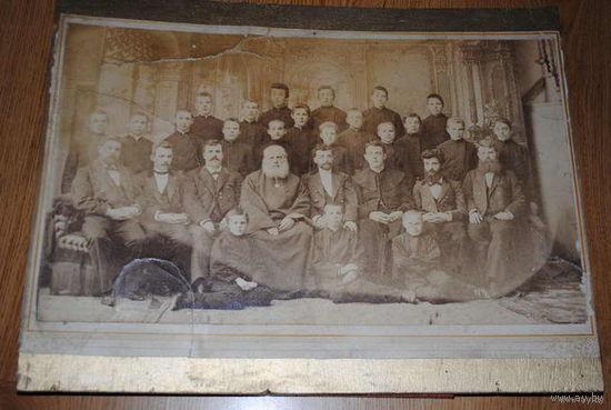 Старинные общие фотографии приличного формата конца 19 начала 20 века-всех 7 штук!