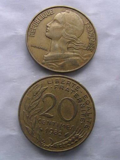 Франция 20 сантим 1982г   распродажа