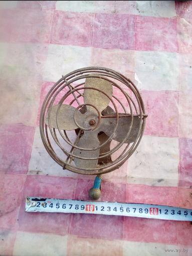 Вентилятор автомобильный 12 Вольт