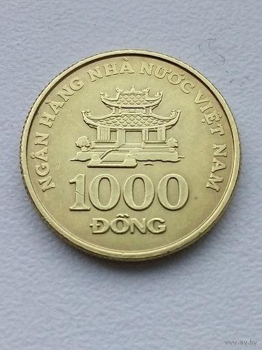 Вьетнам 1000 донг 2003