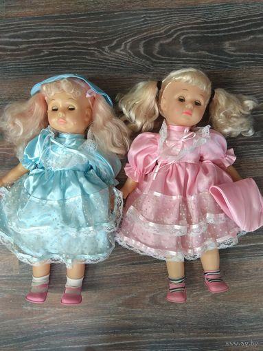 Две куклы