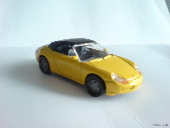 Порше 911 кабрио жёлтый с крышей, металл расспродажа коллекции