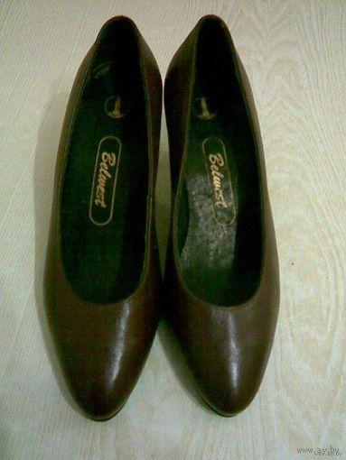 Туфли женские новые, р-р 37,5