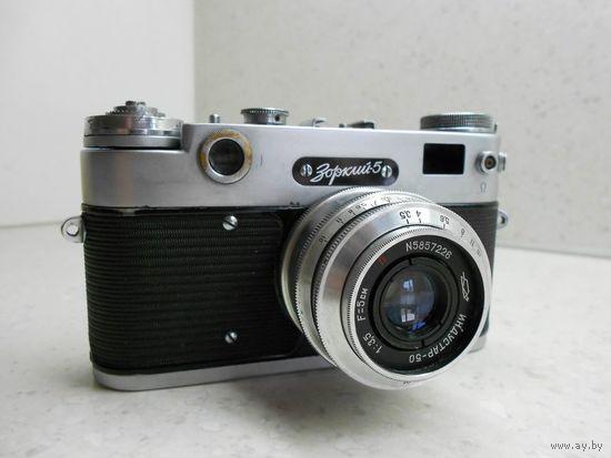 Фотоаппарат Зоркий-5 с объективом Индустар-50 1959 г. полностью исправный