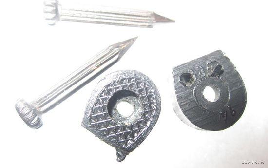 Набойки полиуретановые для женской обуви,комплект со стальными гвоздиками