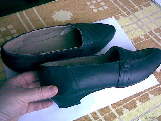 Туфли женские новые (р-р 24,5)