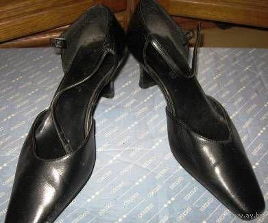 Туфли черные 38 р-р