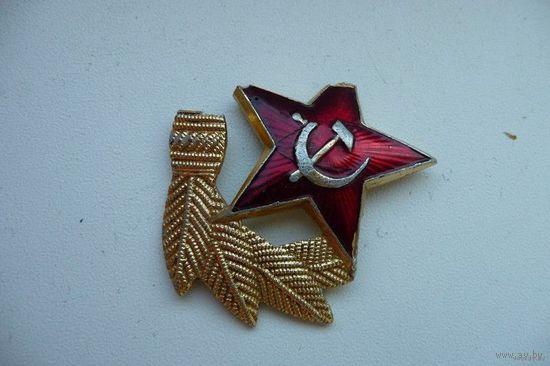 Часть солдатской кокарды СССР