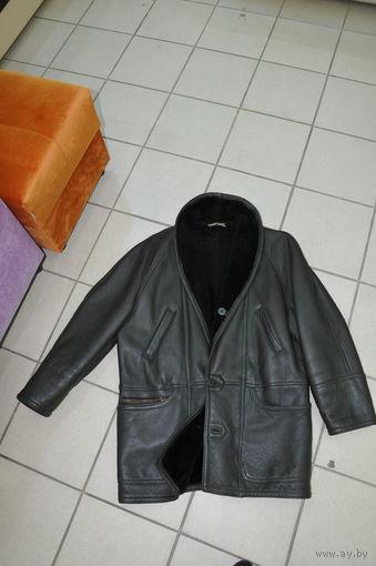 Купленная в Германии ещё в 90-е в дорогом магазине фирменная турецкая дублёнка.Практически новая.