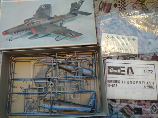 1/72 Revell Cat# H-2003 RF-84F Thunderflash