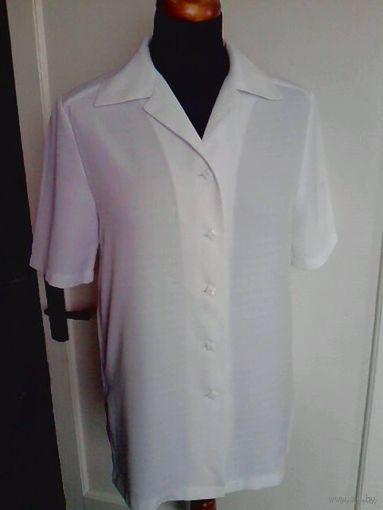Белая прямая офисная блузка 46-48